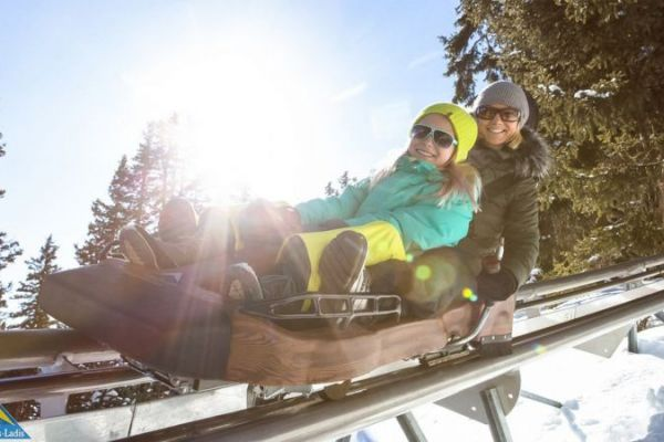 Tobogganing thrills with the whole family
